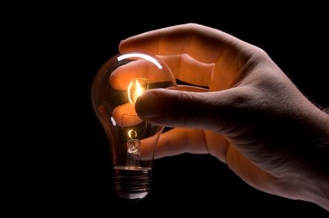 holding-light-bulb